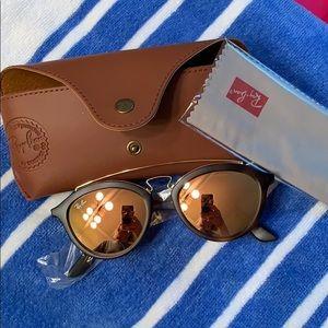 New Ray-Ban Highstreet Brow Bar sunglasses